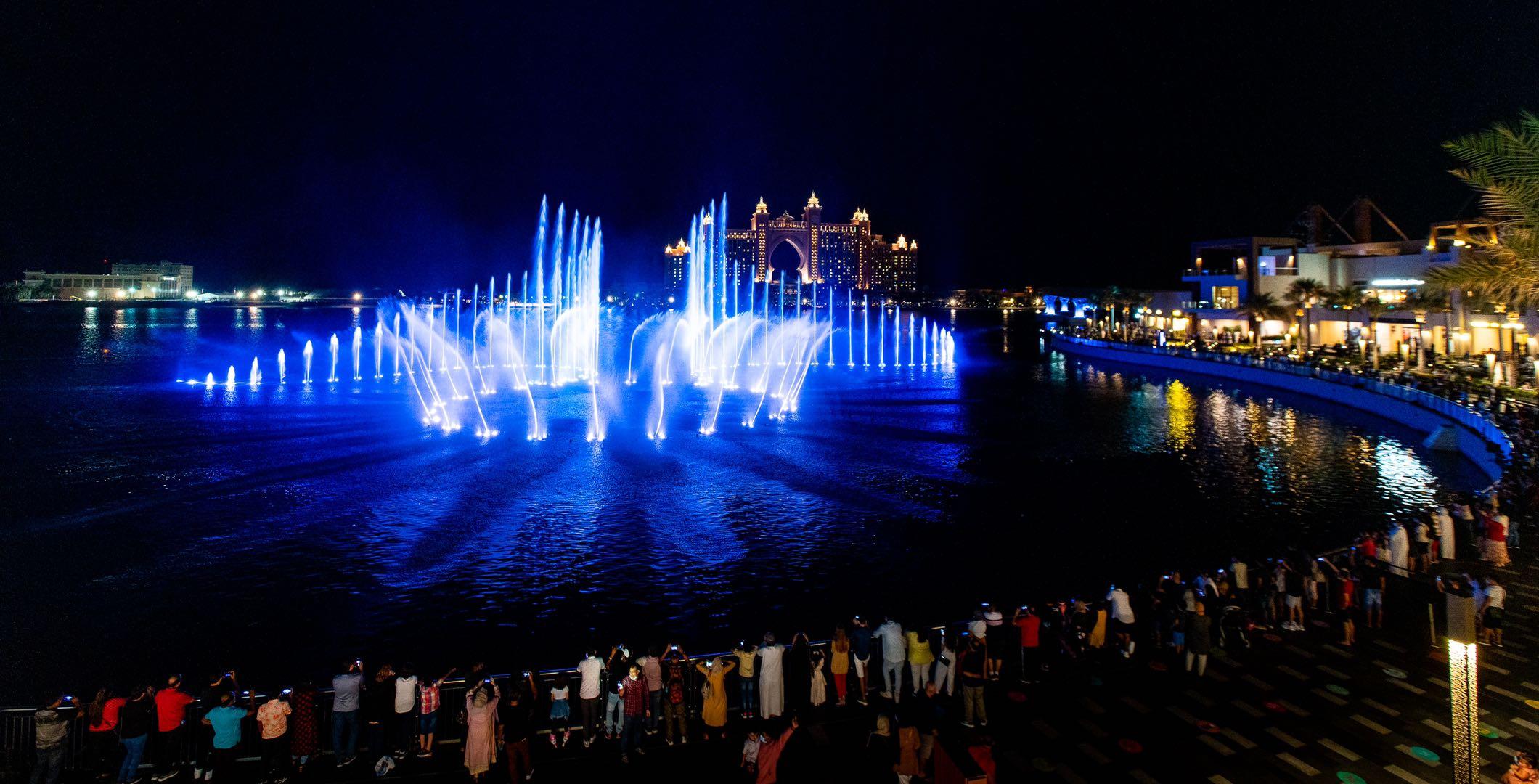 迪拜音乐喷泉—世界最大音乐喷泉