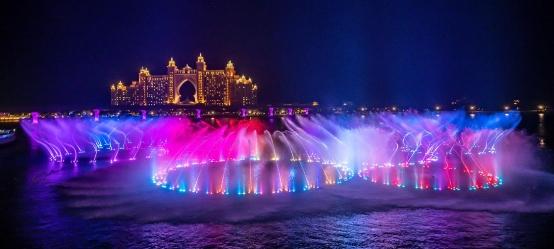 中华网 | 中科水景建造的迪拜棕榈岛海上音乐喷泉,创吉尼斯纪录